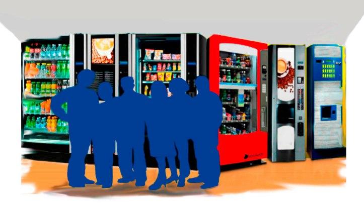 Los compañeros de trabajo (siluetas azules) más asiduos a las habladurías en el área de las máquinas de café